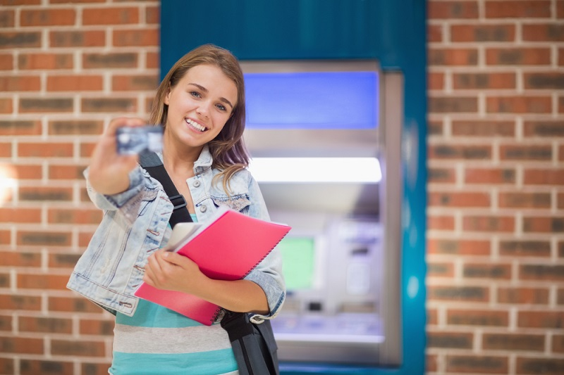 10 Best Credit Cards for College Students