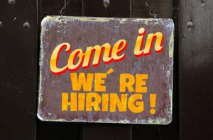 come in were hiring sign